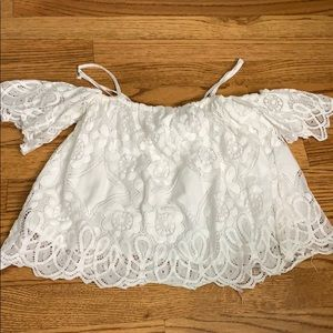 WHITE LACE CROP OFF THE SHOULDER